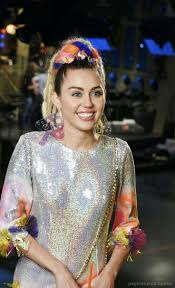 418 best miley cyrus images on Pinterest | Miley cyrus, Hannah ...