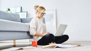 เปิดฟ้าภาษาโลก : Work at home/ work from home
