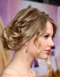 Elegant Prom Hair Style taylor swift celebrity hairstyles besthairstylesdesign 5962 by wearticles.com