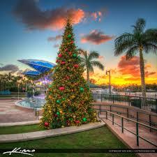 Christmas Lights Jupiter Fl Christmas Tree Harbourside Place Sunset Jupiter Florida Flickr