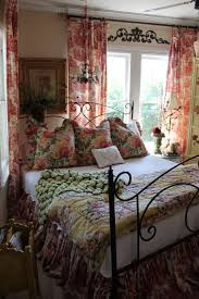 Good 11 Gorgeous French Country Bedrooms Show You How To Do The Style Right