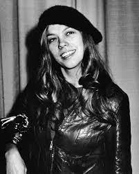 Why '80s Superstar Rickie Lee Jones ...