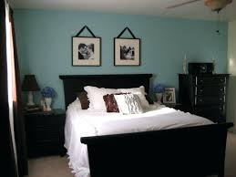 sherwin williams raindrop raindrop i dig the dark furniture color on the walls and white bed