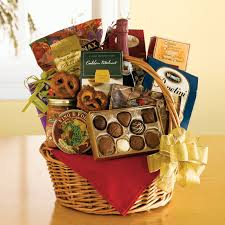 Gift baskets make for wonderful Christmas gifts. But if you want something  truly special and personalized, making your own holiday gift baskets.