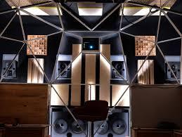 Private Cinema Meyer Sound - Home sound system design