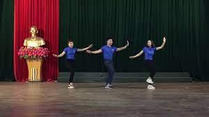 Tập huấn hè thiếu nhi 2018Hát lên chào ngày mới hát múa hè 2018 Thanh Hoá -  YouTube