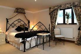 Modern Gothic Bedroom 20 Gothic Bedroom Design And Decor Ideas With Pictures