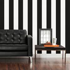 Striped Living Room Chairs Black And White Striped Living Room Walls Yes Yes Go