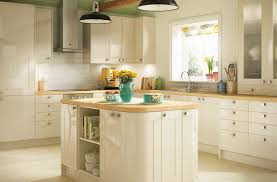 Cream Gloss Kitchen Simple Style Kitchens Turin Range Benchmarx
