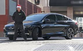 An early Christmas present: new Vauxhall Insignia Grand Sport ...