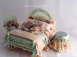 Manhattan Dollhouse Dollhouse Kits & Dollhouse Miniatures