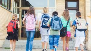 Rientro a scuola il primo di ottobre: la proposta parte dalla Puglia