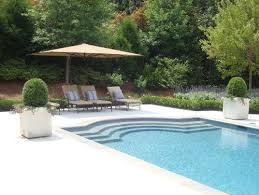 Pool Garden Design Awesome Continuous Steps In Shallow End Of Pool Traditional Pool Poolz