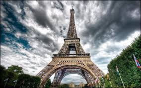 eiffel tower hd wallpapers eiffel tower images cool wallpapers