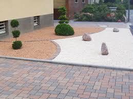 Vorgarten Mit Kies Gestalten Pflanzen Gartengestaltung Im