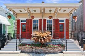 3 Tips On How To Choose Exterior Paint Colors Wisely