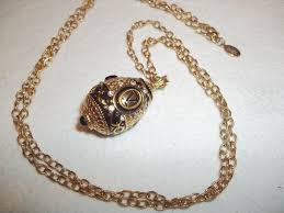 joan rivers classics collection faberge egg pendant 24 carat gold plated