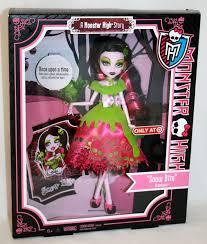 draculaura monster high doll costume makeup tutorial for pla snow bite monster high doll