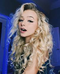 Zoe laverne is setting the record straight. Zoe Laverne Blond Hairs Cute Girls Face Natural Glossy Lips Zoe Laverne Cute Instagram Blonde Hair Cute Girls Instagram Cute Instagram Girls