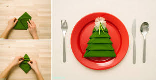 How to Make Christmas Tree Napkin Fold - All Steps - DIY & Crafts -  Handimania