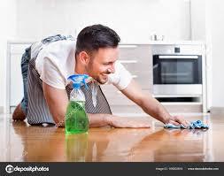 man cleaning ile ilgili görsel sonucu