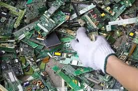 Keren Gan Komputer Tua Bisa Diubah Menjadi Bebagai Miniatur