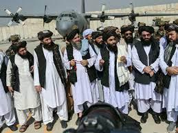"""عودة على المتابعة المباشرة: طالبان تحتفل بخروج القوات الأمريكية وتقول إن  """"هزيمة واشنطن في أفغانستان درس كبير للغزاة"""""""