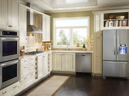 Small Kitchen Reno Naturally Brown Finishing Small Kitchen Reno White Farmhouse