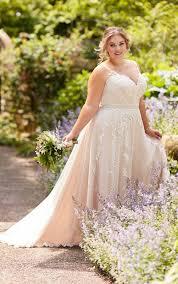 Jetzt brautkleid in ihrer nähe finden. Brautkleider Grosse Grossen Riesige Auswahl Im Hochzeitshaus