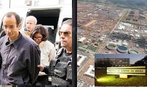Resultado de imagem para IMAGENS DE PREOCUPADO (A) COM DINHEIRO...