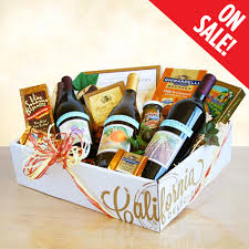 pinot noir sauvignon blanc merlot wine gift basket chocolate almonds olives cheese ers 017 79 95
