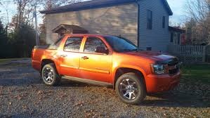 Avalanche chevy avalanche 33 inch tires : 08 Avalanche with Level Kit, 20