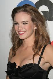 Danielle Panabaker Heats Up the Screen on the Flash Capcy.
