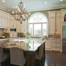 0b0ff95fcac34b0c3caa5cf08fbe3074 600 600 pixels off white kitchen cabinets