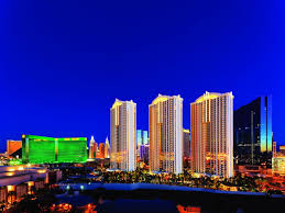 Signature One Bedroom Balcony Suite Best Price On The Signature At Mgm Grand In Las Vegas Nv Reviews