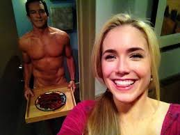 spencer locke on twitter ohh just a selfie jeffprobst s spencer locke on twitter ohh just a selfie jeffprobst s bacon watch two and a half men tonight 9 30 on cbs t co df9fgduu1d