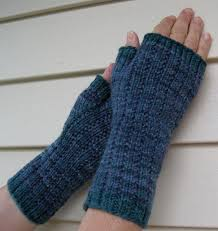 Free Fingerless Gloves Knitting Pattern Adorable Twinsetus 48 October