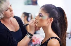 skills needed to be a makeup artist
