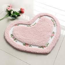 modern unique style heart shaped bath rug