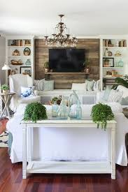 10 Coastal Decorating Ideas