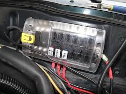 custom fuse relay boxes power distribution etc expedition portal i placed a 60 amp maxi fuse in between the fuse block and the battery so if i want to work on the block i just remove the maxi fuse and it s out 12