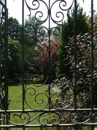 paine art center and gardens garden gate