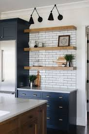 53 Elegant Kitchen Backsplash Decor Ideas With Dark Cabinets 8