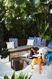 Aliciakingsleycomwpcontentuploads201403coasLoving Outdoor Living Magazine