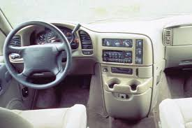 1990 05 gmc safari consumer guide auto 1997 gmc safari interior