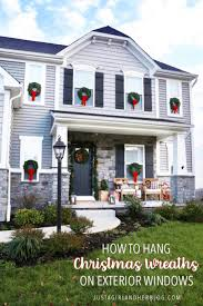 how to hang wreaths on
