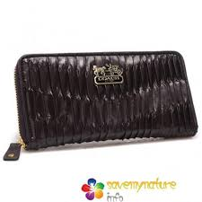 Coach Accordion Zip Gathered Twist Large Wallets In Coffee