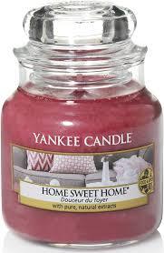 Amazon.de: Yankee Candle Duftkerze im Glas (klein) | Home Sweet Home |  Brenndauer bis zu 30 Stunden