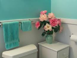 aqua paint colorThe Color Turquoise Aqua Blue Walls in My Bathroom