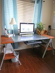 diy sawhorse desk to make